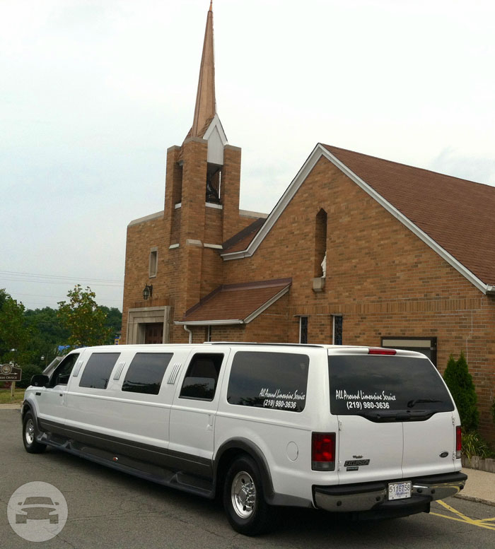 12 Passenger Ford Excursion Limousine Limo / Portage, IN   / Hourly $0.00